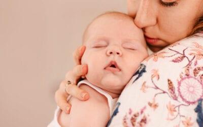 Sesja noworodkowa – poznaj 5 powodów dlaczego warto zrobić ją w domu.